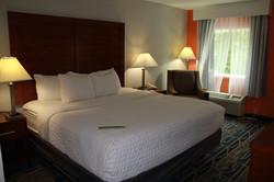 LaQuinta Charlottesville King Room