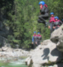 Canyoning-Gosau-Outdoor-Aktivitäten-Salzkammergut-Canyoning-Einsteiger-Felsenspringen