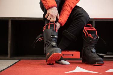 Atomic Skitour Schuhe Anprobe