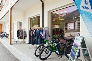 E-Bike-Verleih-Gosau-Fahrradverleih-Gosausee-Rad-Vermietung-cooee alpin hotel dachstein