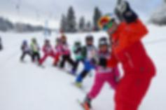 Kinder Ski mieten in Russbach am Paß Gschütt-Kinder Ski mieten in Abtenau-Kinder Ski Ausrüstung Vermietung Dachstein West-Kinder Ski Kurs und Verleih Ski buchen in Russbach Talstation Hornbahn