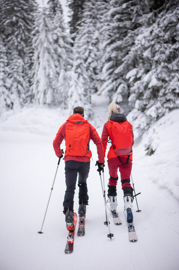 Atomic Backland Test Center-Skitour