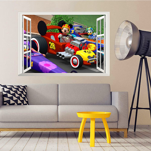 מדבקת קיר - דיסני - חלון עם מיקי מאוס במירוץ מכוניות