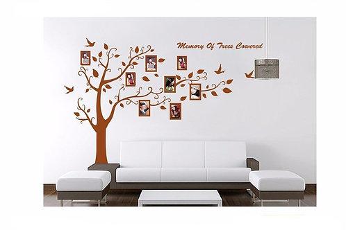 Memory of Trees Cowered - מדבקת קיר - עץ עם תמונות למזכרת
