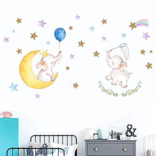 פילים משחקים ירח וכוכבים