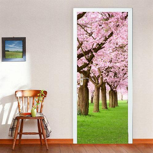 מדבקת דלת - גן ירוק עם עצים מכוסים בפרחים ורודים