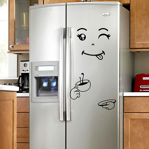 מדבקת פנים שותה קפה למקרר