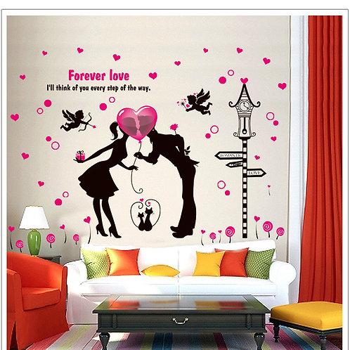 Love Romantic Cupid - מדבקת קיר - זוג אוהבים עם בלון לב