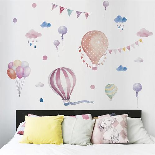 מדבקת קיר לחדר ילדים - כדורים פורחים עננים ובלונים