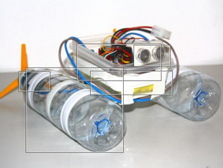 How to build a small DIY open source boat with an Arduino and 2 bottles at home