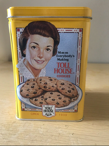 Toll House tin with Ruth Wakefield on side with chocolate chip cookies on plate