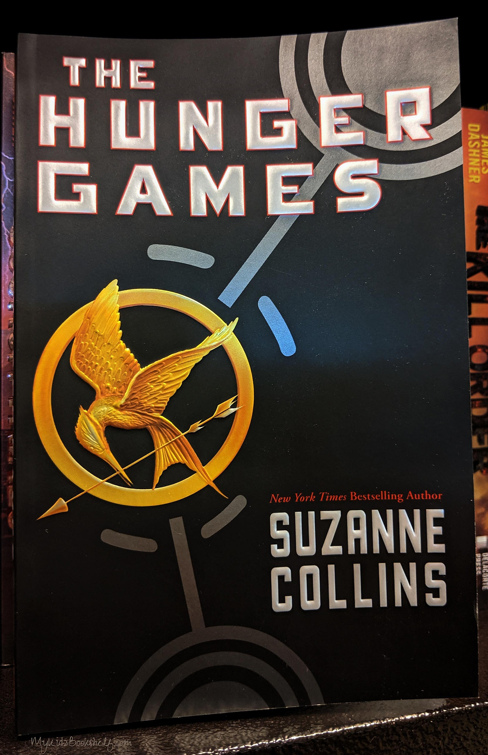 The-Hunger-Games-by-Suzanne-Collins-New-York-Times-bestselling-series-The-Hunger-Games-Trilogy