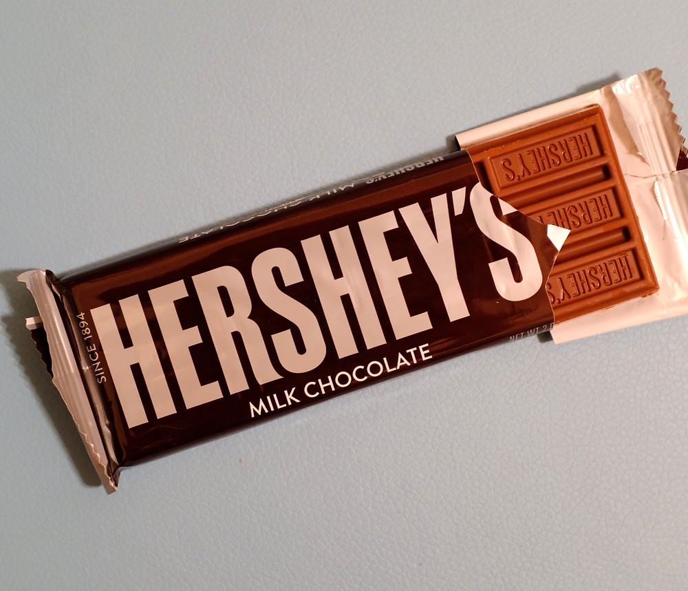 Hershey's-chocolate-bar-milk