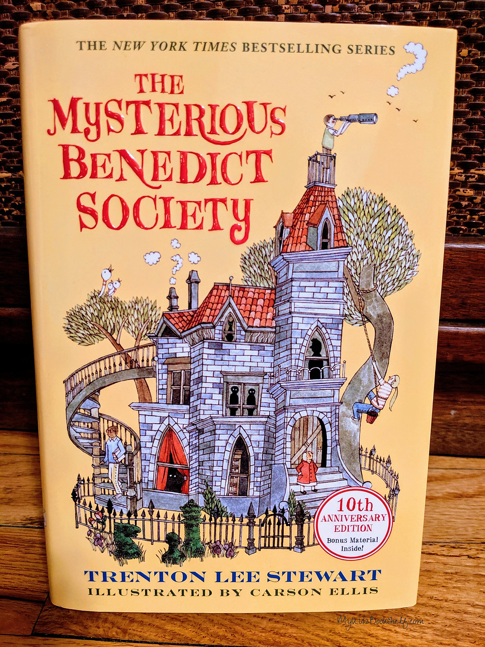 The-Mysterious-Benedict-Society-10th-Anniversary-Edition-has-some-fun-extras!