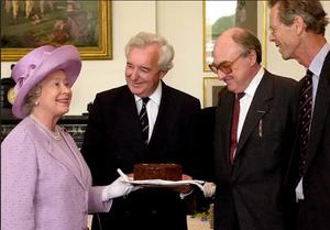 Queen-Elizabeth-Chocolate-biscuit-cake-getty-images