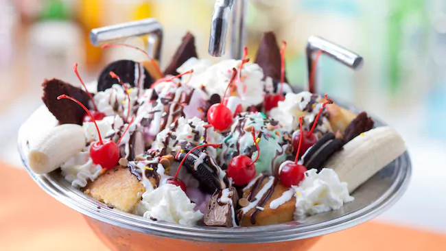 Disney's Kitchen Sink Sundae from the Beaches and Cream Soda Shop