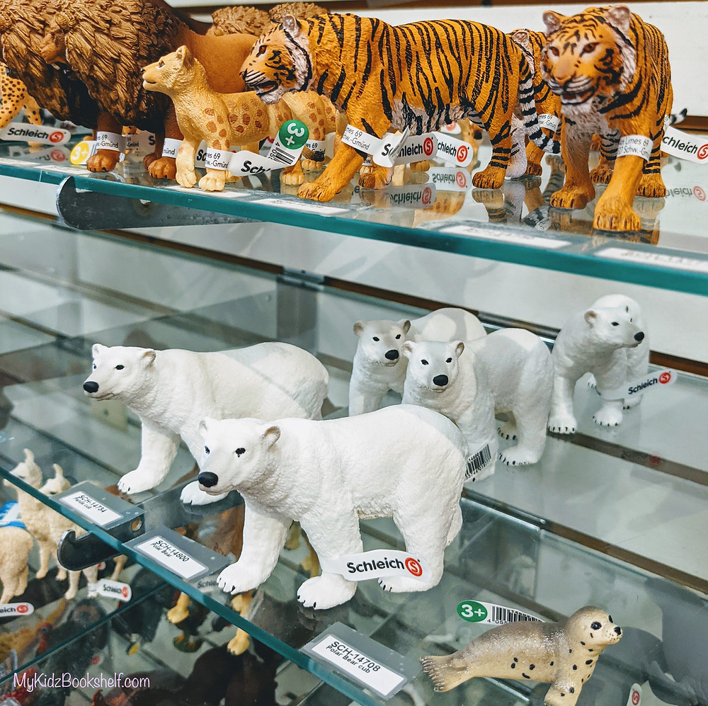 Schleich play figurines tiger, lions and polar bears and seal