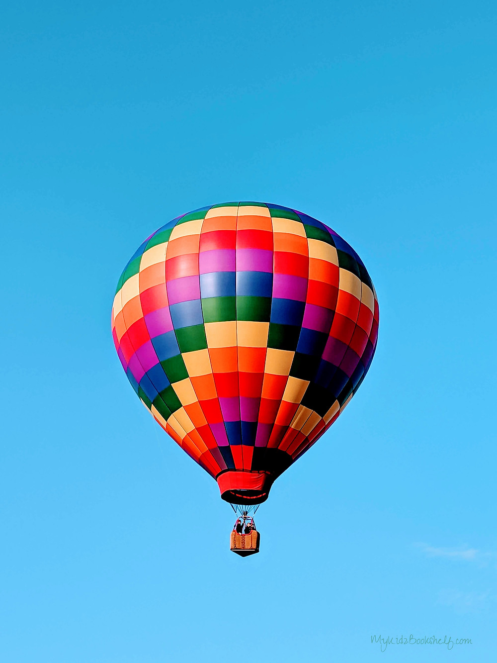 Adirondack-hot-air-balloon-festival-unicorn-A-fun-start-to-fall-at-the-Adirondack-hot-air-balloon-festival-rainbow-balloon