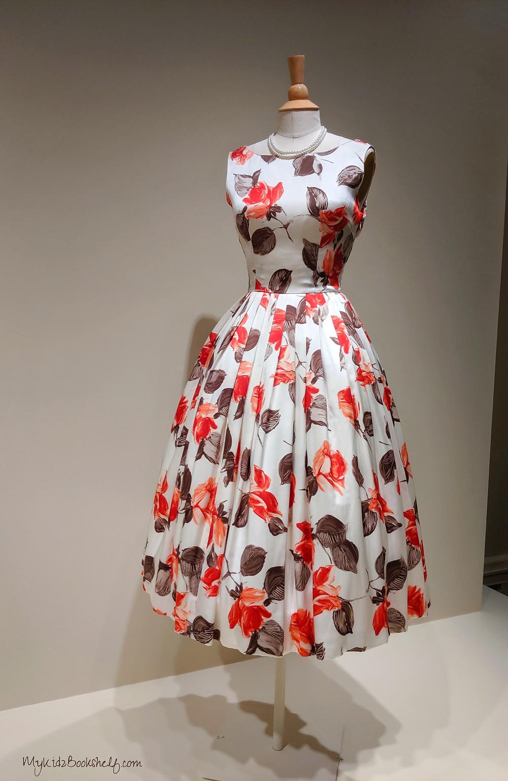 Dress-worn-by-Claire-Foy-as-Queen-Elizabeth-in-Netflix-original-series-The-Crown