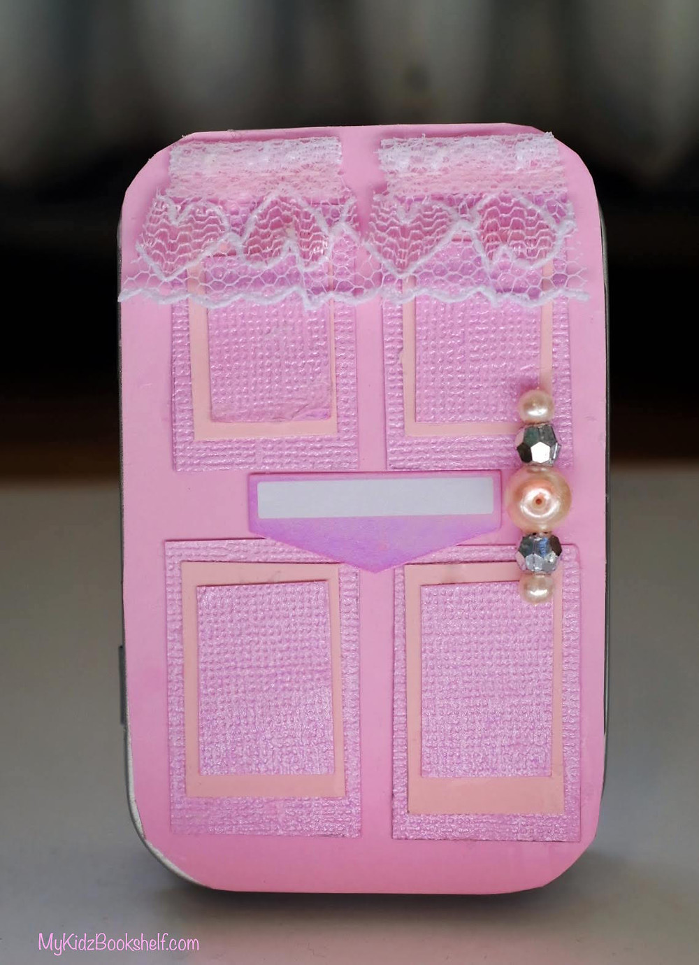DIY - Make Your Own A-Door-Able Altoid Tin Craft for Kids of All Ages! - pink door