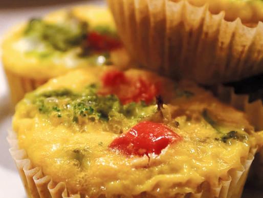 Muffin Tin Egglettes - A Mini Crustless Quiche Recipe!