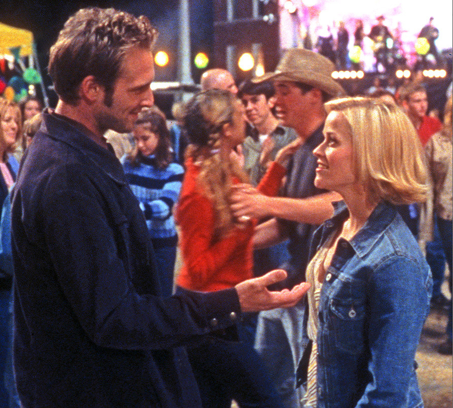 Reese Witherspoon and ex husband dancing in scene from Sweet Home Alabama