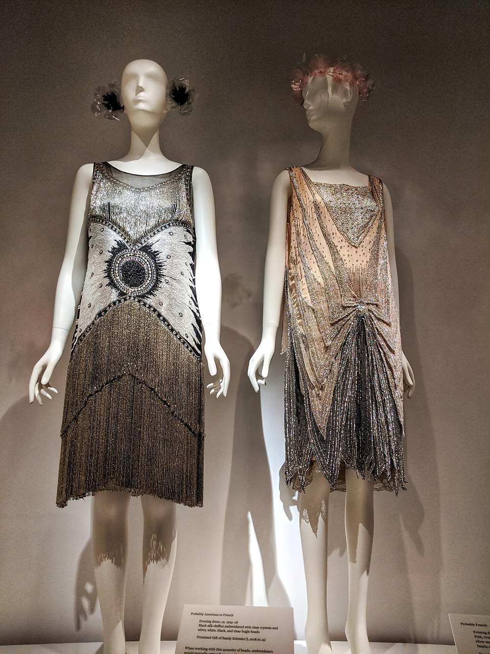 two-flapper-style-dresses-on-manequins-from-museum-exhibit