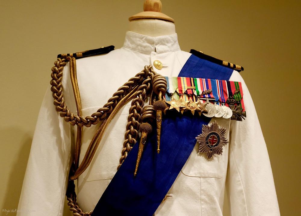 uniform-costume-from-Netflix-original-series-The-Crown
