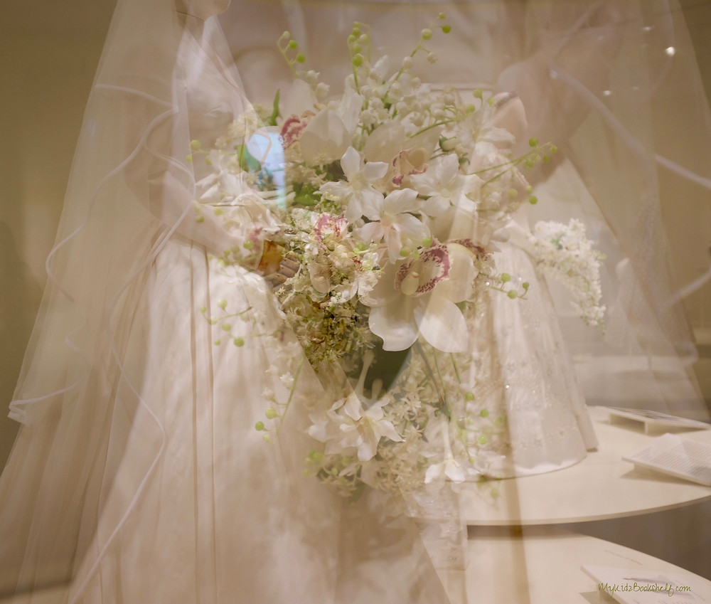 double-exposure-bridal-gown-costuming-the-crown