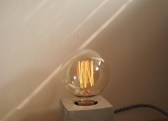 Tungsten Lamp ( Small Circle)  鎢絲圓形直紋燈泡(細)