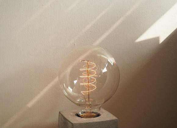 Tungsten Lamp ( Big Circle)  鎢絲圓形扭紋燈泡(大)