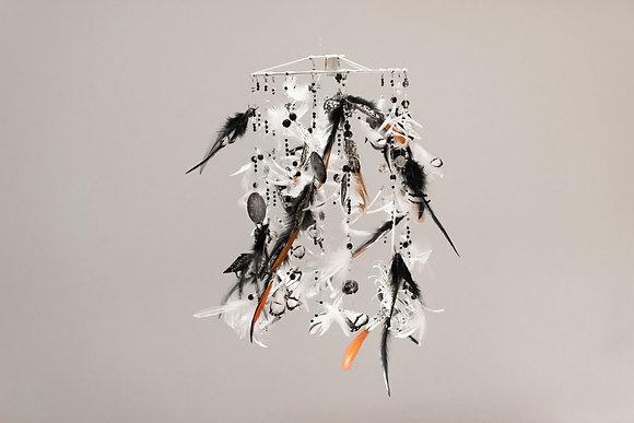 Mobile de décoration en plumes
