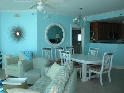B500 Dining Room