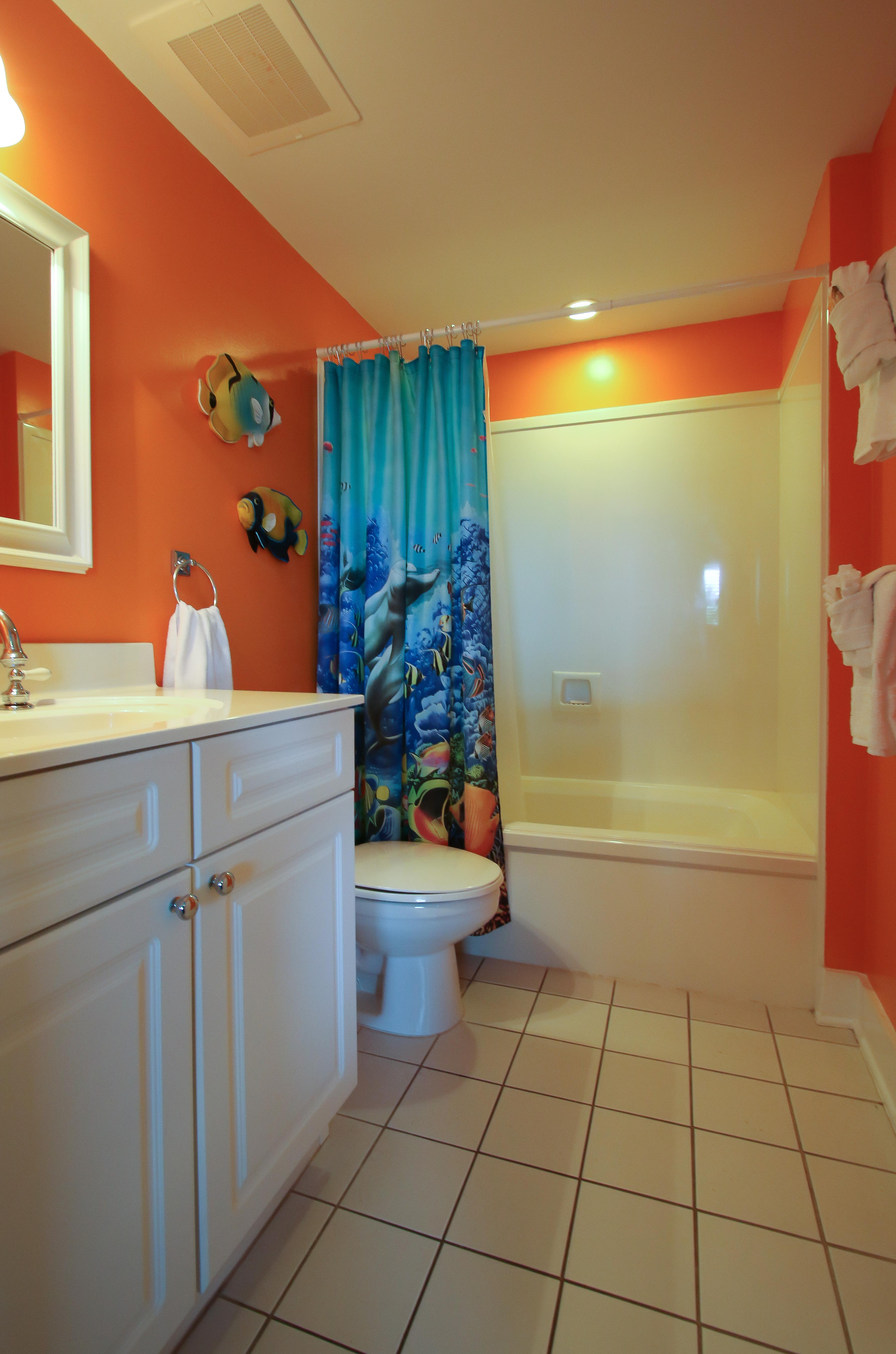 B218 Master Bathroom