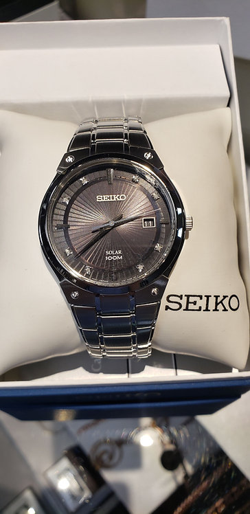 Mens Seiko Solar watch with date