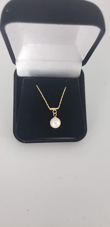 14 Karat Gold and Pearl Necklace