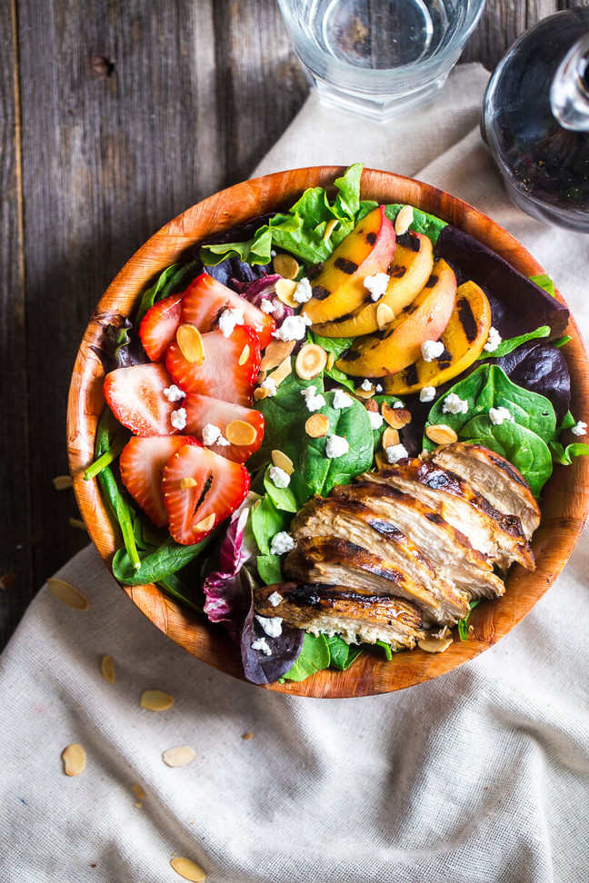 Healthy Summer Recipe: Strawberry Salad with Grilled Chicken and Nectarines