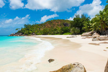 Beach Travel Destination: SEYCHELLES