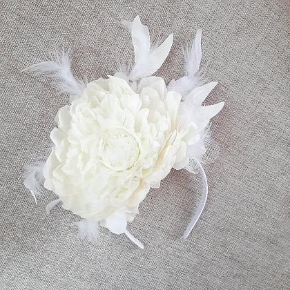 """Вуалетка цветок """"Пион айвори"""""""