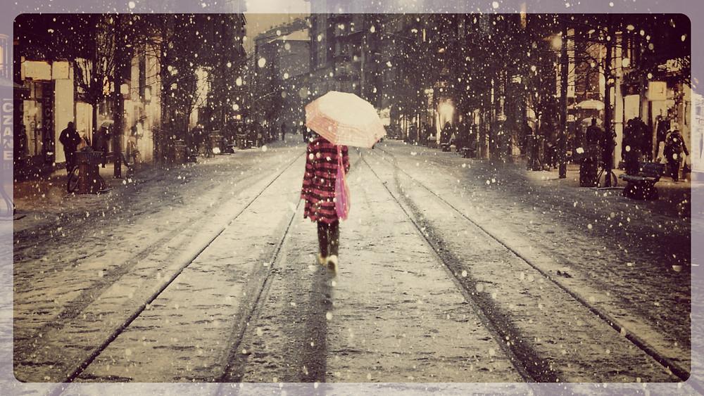 winter-walk-84015_Fotor.jpg