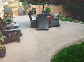 Exposed Aggregate Patio With Imprinted Border.