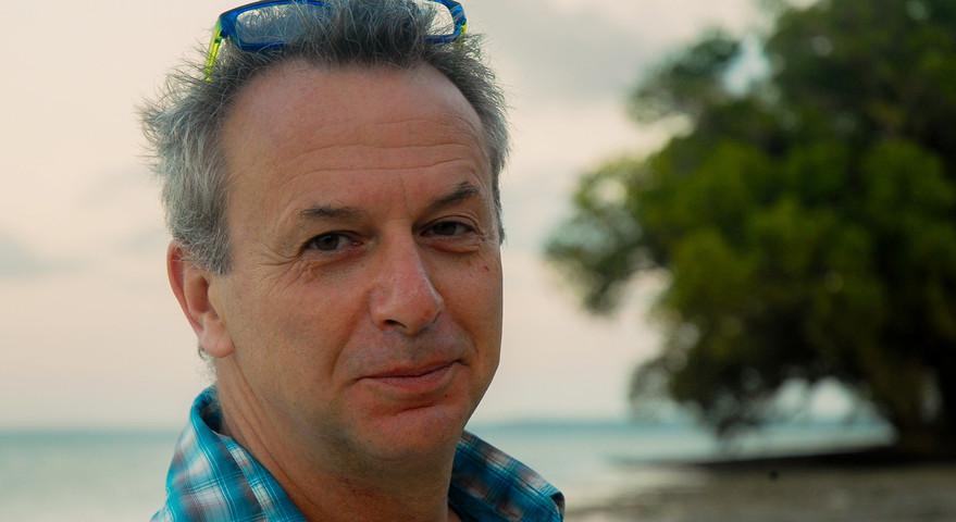Dr. Tim Davenport