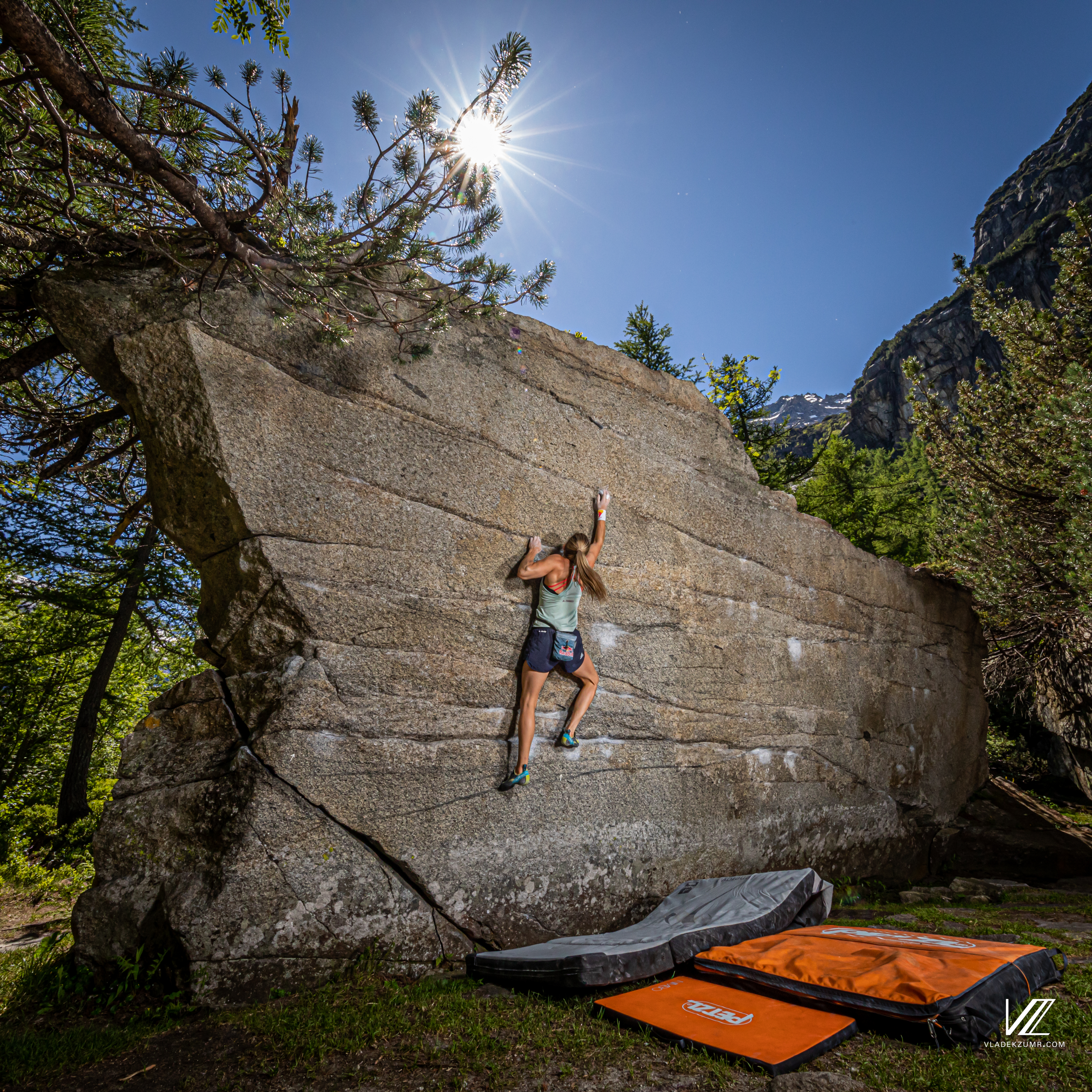 Petra Klingler Outdoor Bouldering