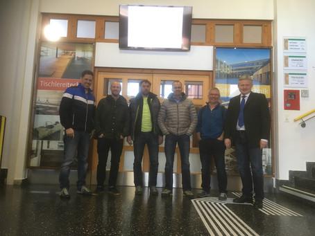 Besuch der Zimmerer Lehrer des Berufsschulzentrums Immenstadt im Allgäu