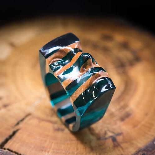 Авторское кольцо из дерева и смолы с фианитом (в наличии 19,5 размер)