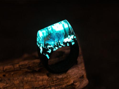 "Wooden Ring ""Belle"""
