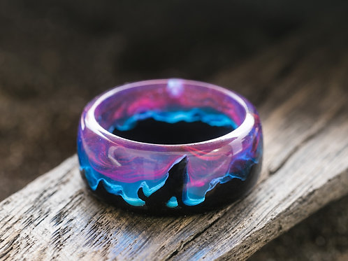 Norway Lights Lone WOLF Wood resin Ring