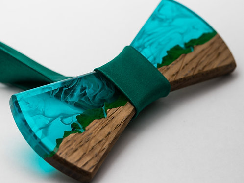 Wooden resin Bowtie Waterfall