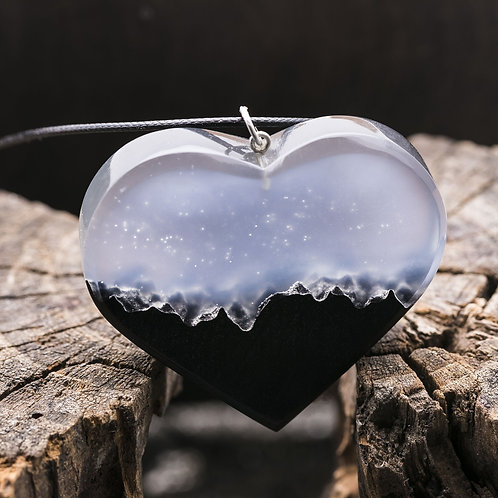 Pendant Mysterious Heart