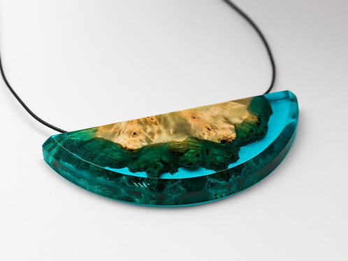 Pendant Riverside wood resin necklace
